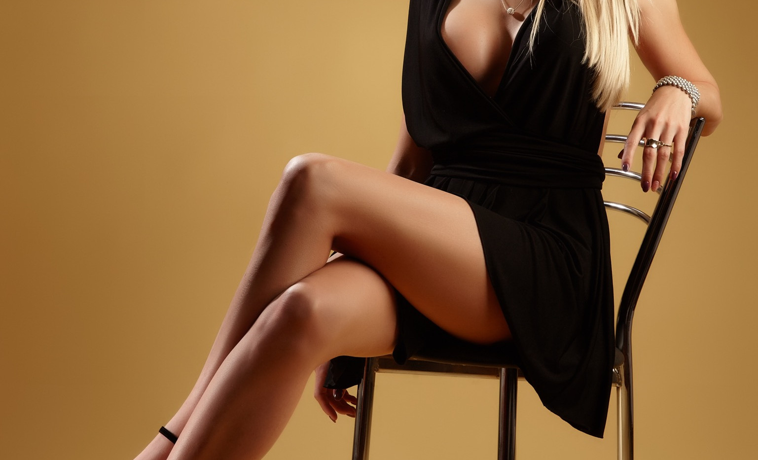 luxury escort in Bucharest outcall.jpeg