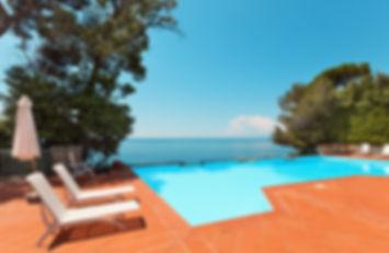 villa pool europe