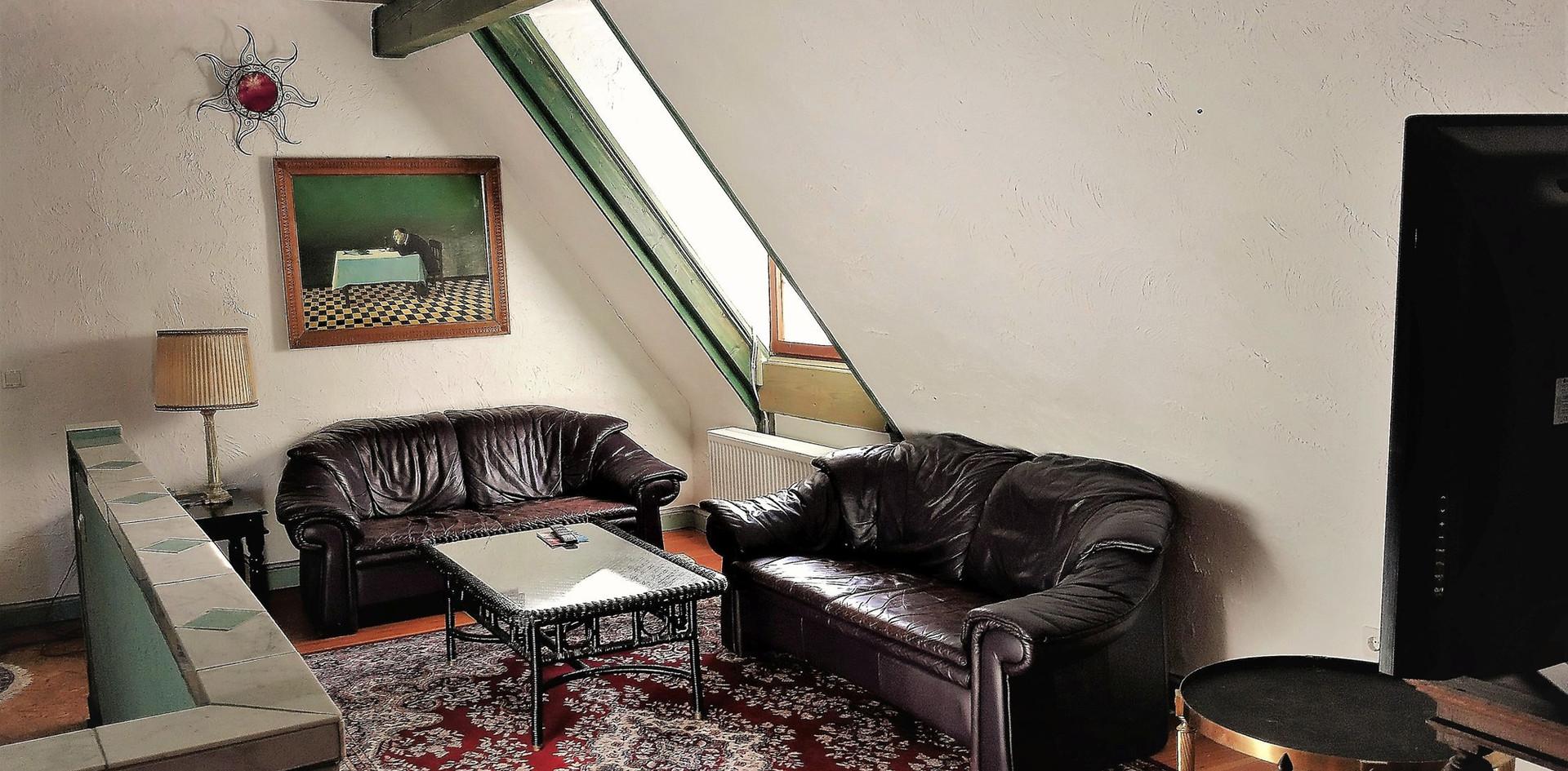 Wohnzimmer in der Dachebene