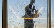 Outdoor-Glass-Cleaning-Service.jpg
