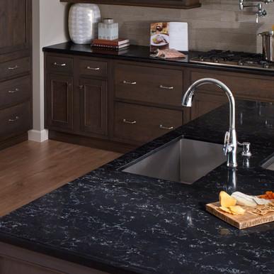 zodiaq_ony_carrara_kitchen_2x1 2.jpg