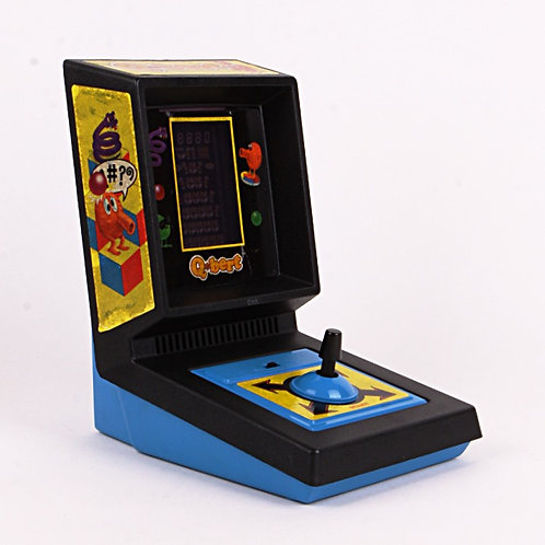 Q*bert - Vintage 1983 Electronic Tabletop Arcade Game - Parker Brothers