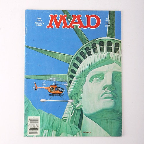Mad Magazine - Vintage January 1985 # 252 - Family Ties - Statue of Liberty