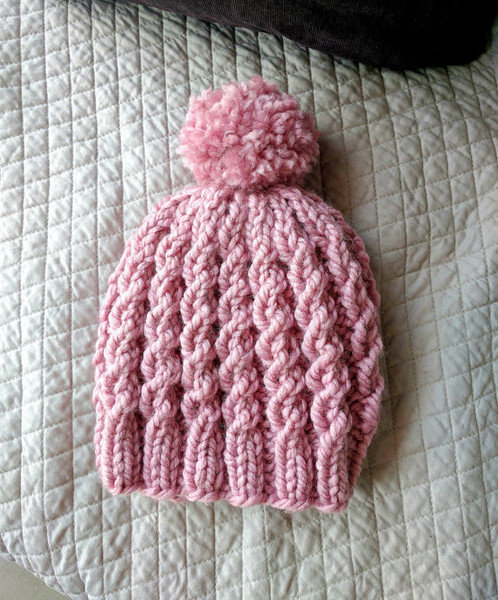 Easy Cable Knit Beanie Beginner Knitting Pattern