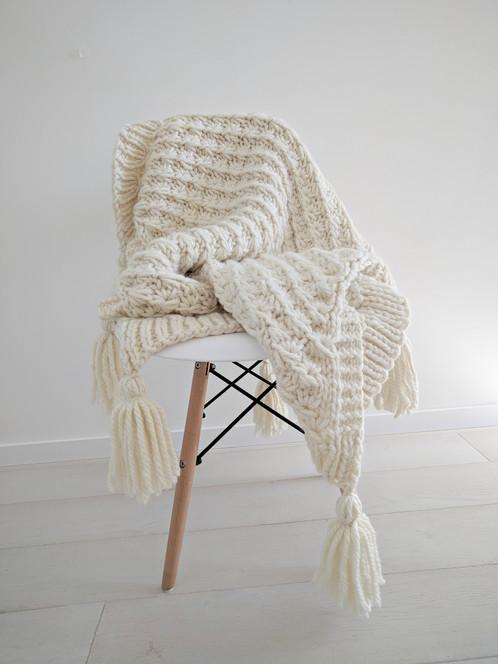Marshmallow Throw Chunky Knit Blanket Pattern