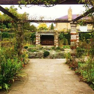 Ravenscourt Walled Garden Hammersmith ©