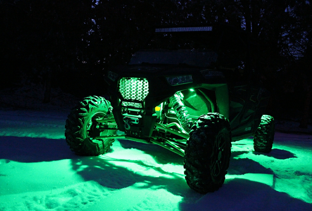 (RZR) - RGB+W Color Change Rock Light Kit (w/ Bracket & Grille Strip)