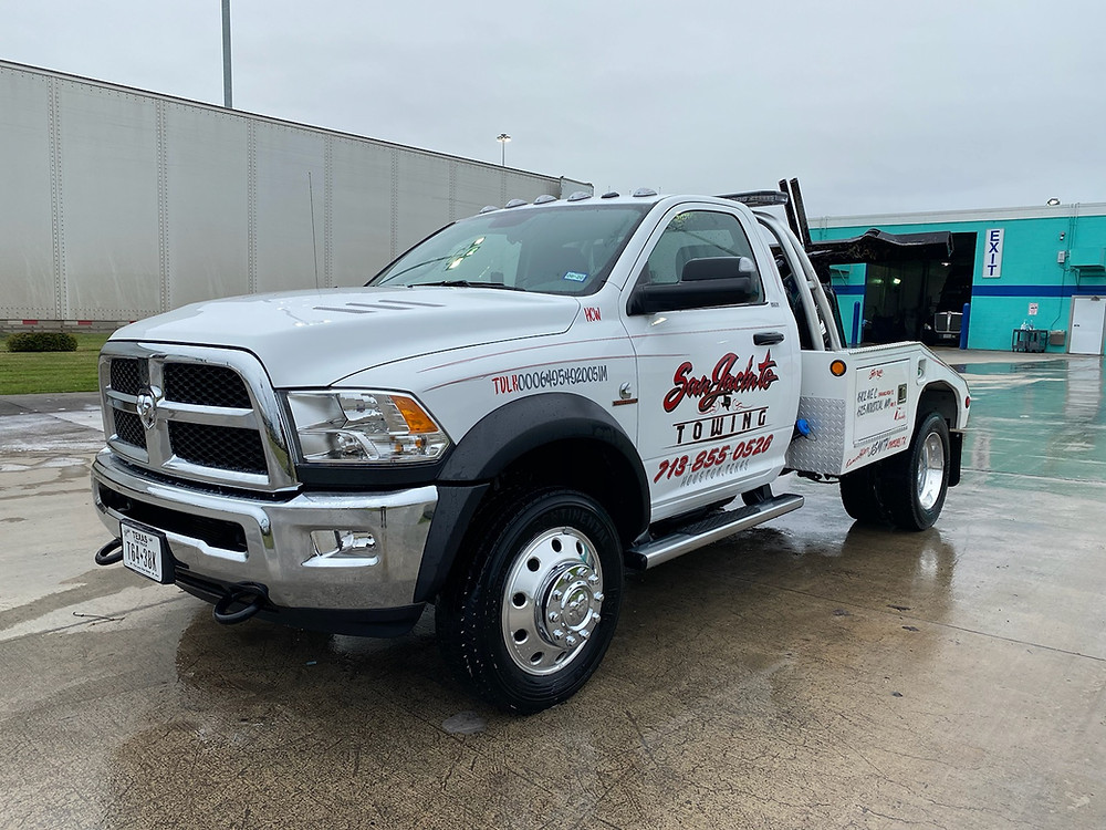 Jeff Smith Towing Baytown Light Duty Tow truck