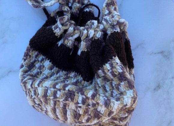Sawson- Woven Side Bucket Bag