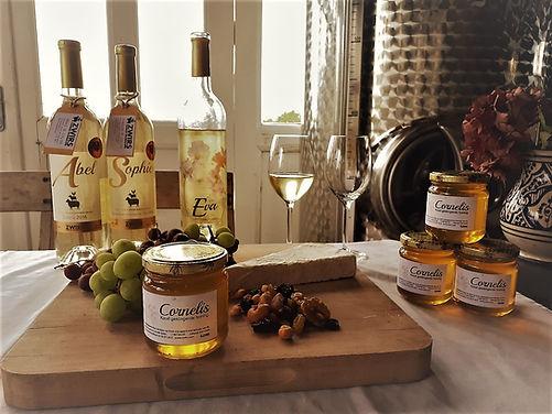 zwirs wijngaard, honing, abel wijn, eva wijn, sophie wijn