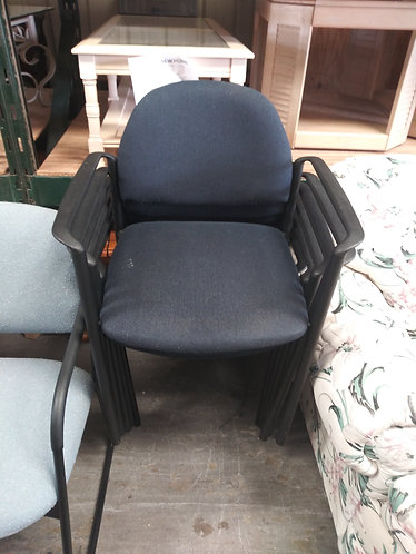Set of 5 like new office chairs