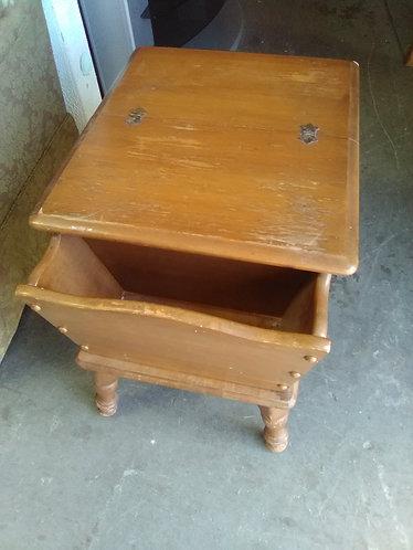 Vintage small desk!