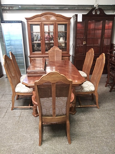 amazing  solid wood dining room table