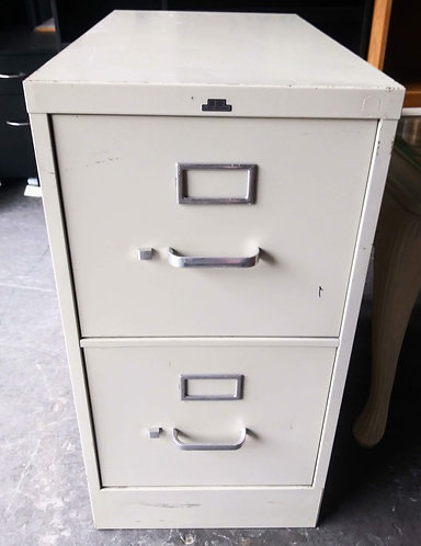Sturdy 2-drawer filing cabinet