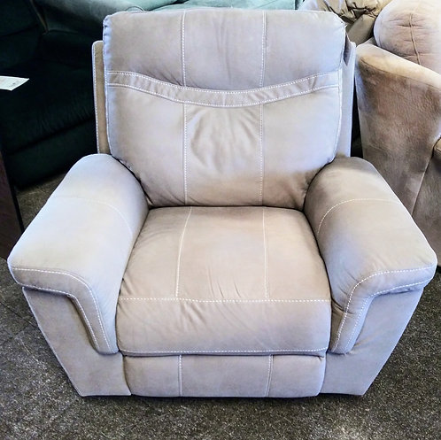 Like new recliner with the tags still on it!