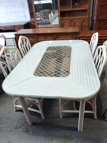 amazing white table with 4 beautiful chairs