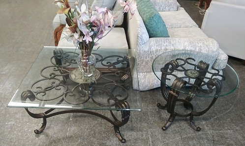 Gorgeous high quality glass top coffee table and end table