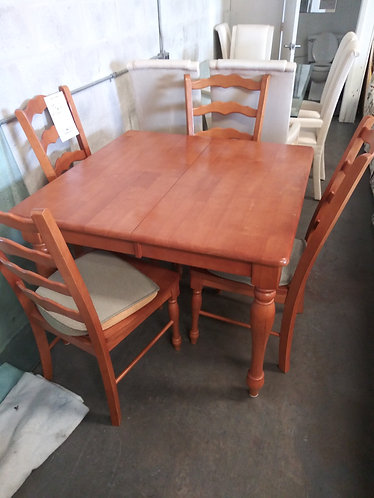 Like New Solid Wood Table with 4 Chairs