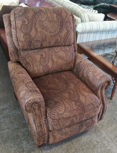 Like new brown paisley patterned recliner