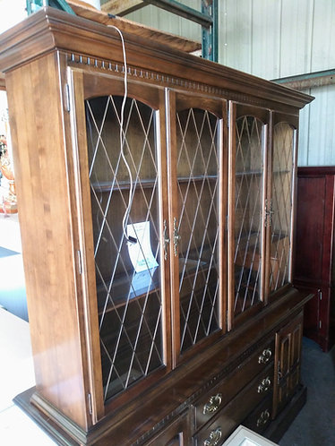 Stunning Ethan Allen China Cabinet, 50% OFF!
