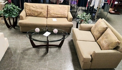 "Like new ""Florida Style"" sofa and loveseat"