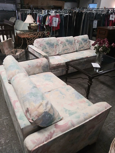 Immaculate Floral Sleeper Sofa and Loveseat