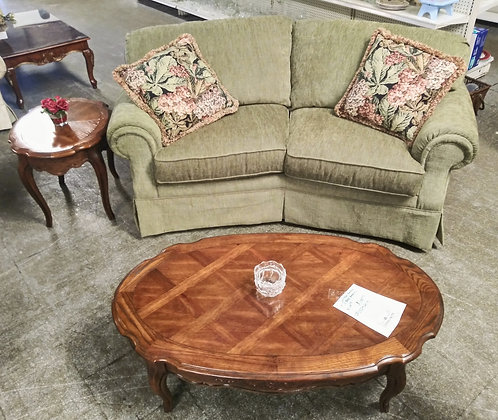 Like new FlexSteel love seat, with or without the coffee table and end table