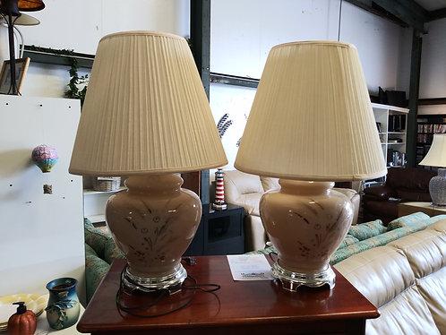 beautiful lamp set