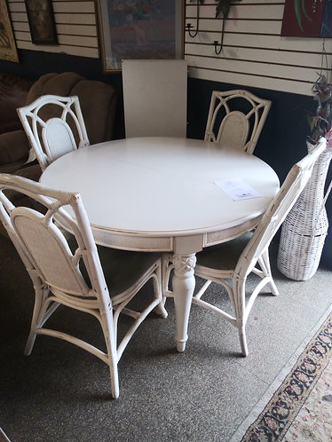 White Round Table with 4 Chairs and Leaf
