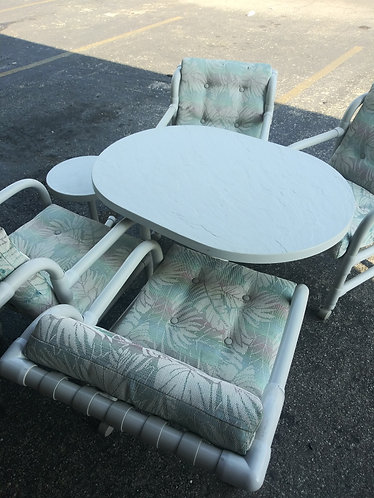 PVC Lanai set including 4 Chairs and End Table