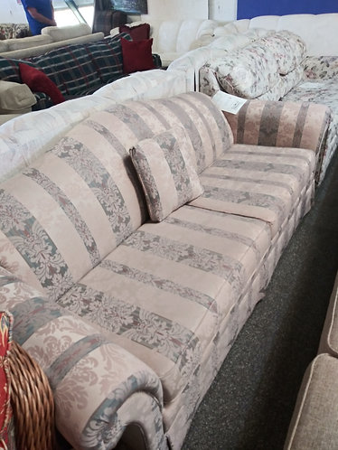 Classy retro style sofa