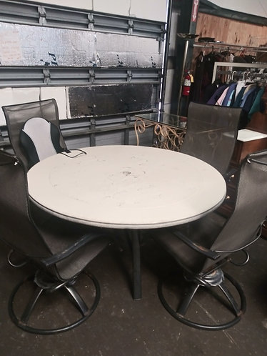 Sturdy Large Lanai Table and 4 Chairs