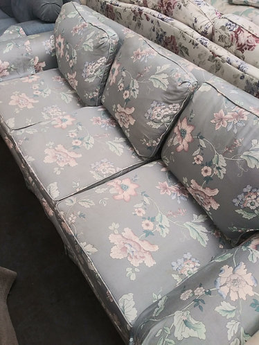 beautiful Florida style couch
