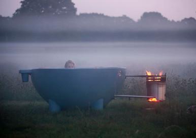 DTO_blue_girl_fog.jpg