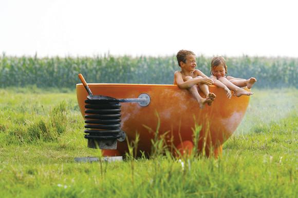 Dutchtub_orange_kids_1200.jpg