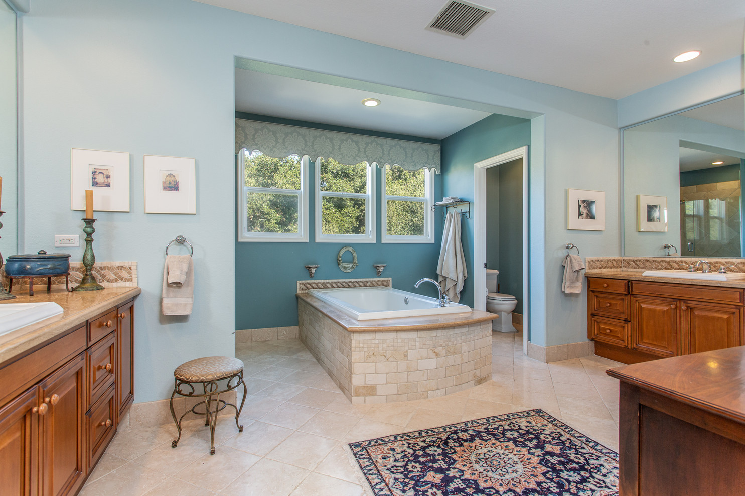 1543 Sycamore Canyon Dr - HsH Prod.-37.j