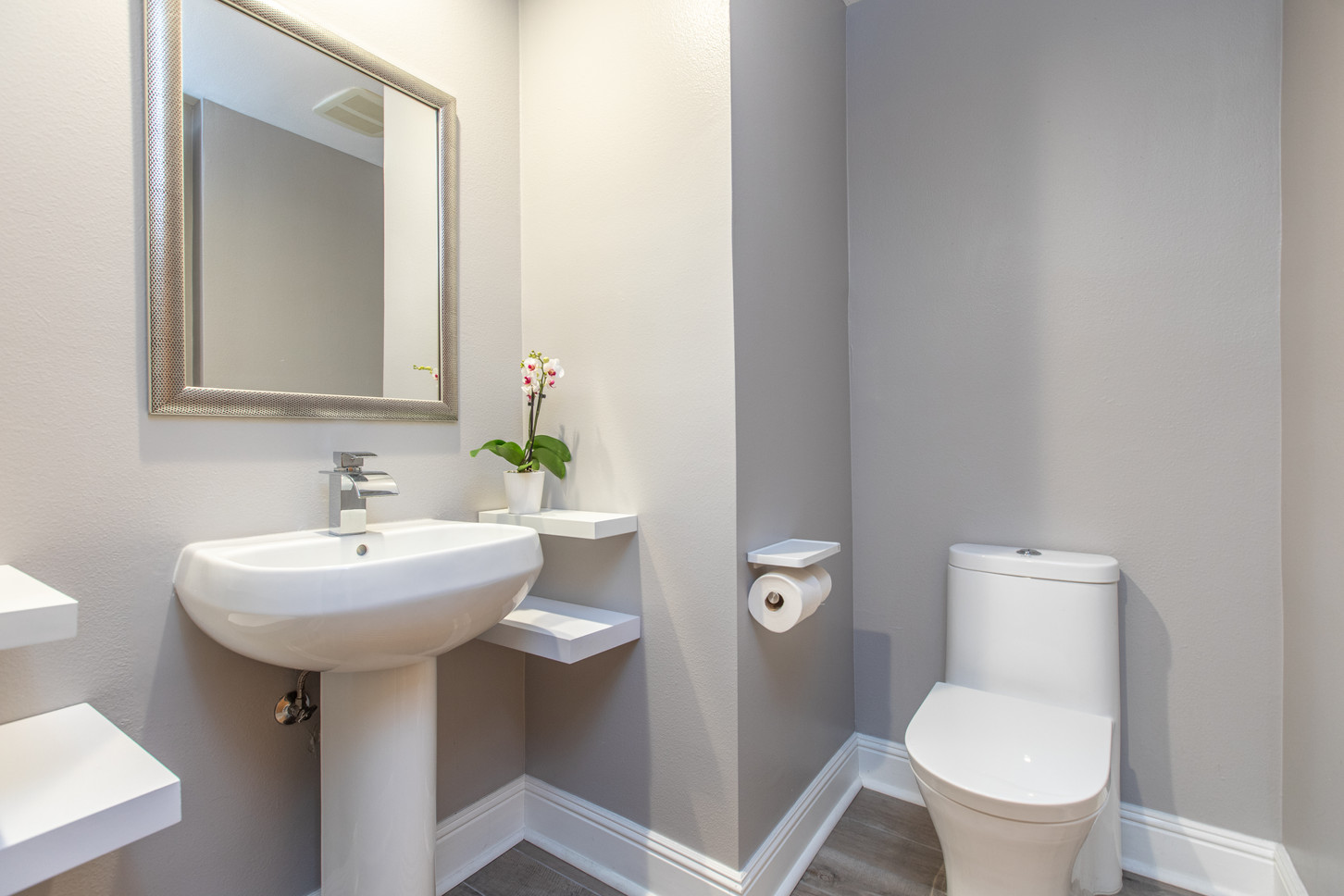1521 Greenfield Ave. #101 - HsH Prod.-26