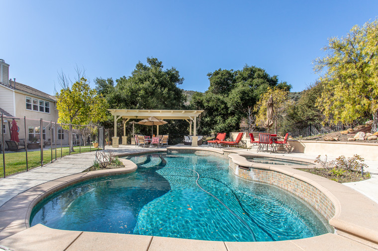 1543 Sycamore Canyon Dr - HsH Prod.-55.j
