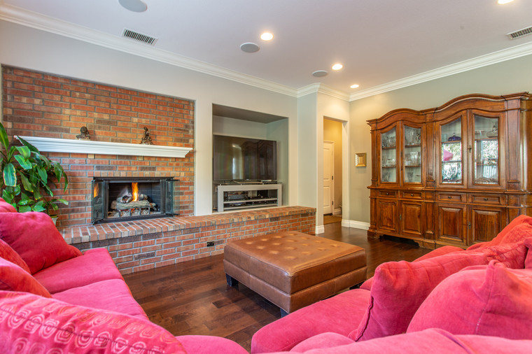 1543 Sycamore Canyon Dr - HsH Prod.-27.j
