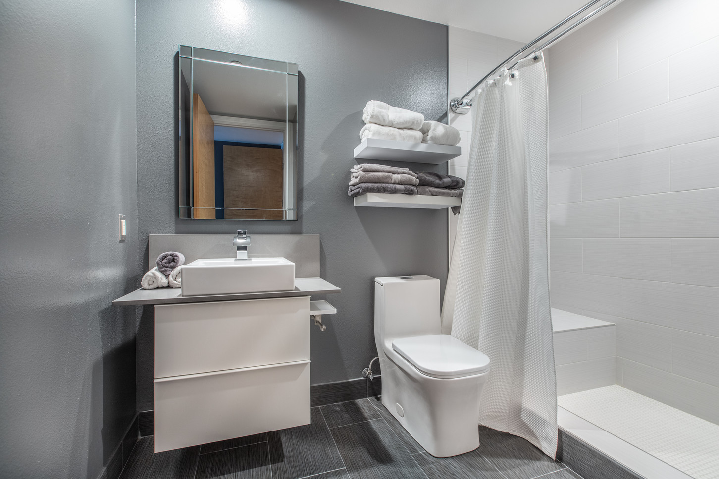 1521 Greenfield Ave. #101 - HsH Prod.-38