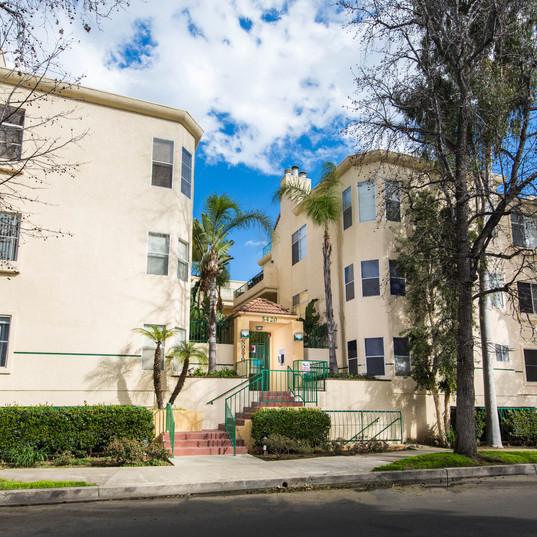 5420 sylmar Ave #110  -  HsHProd-1.jpg