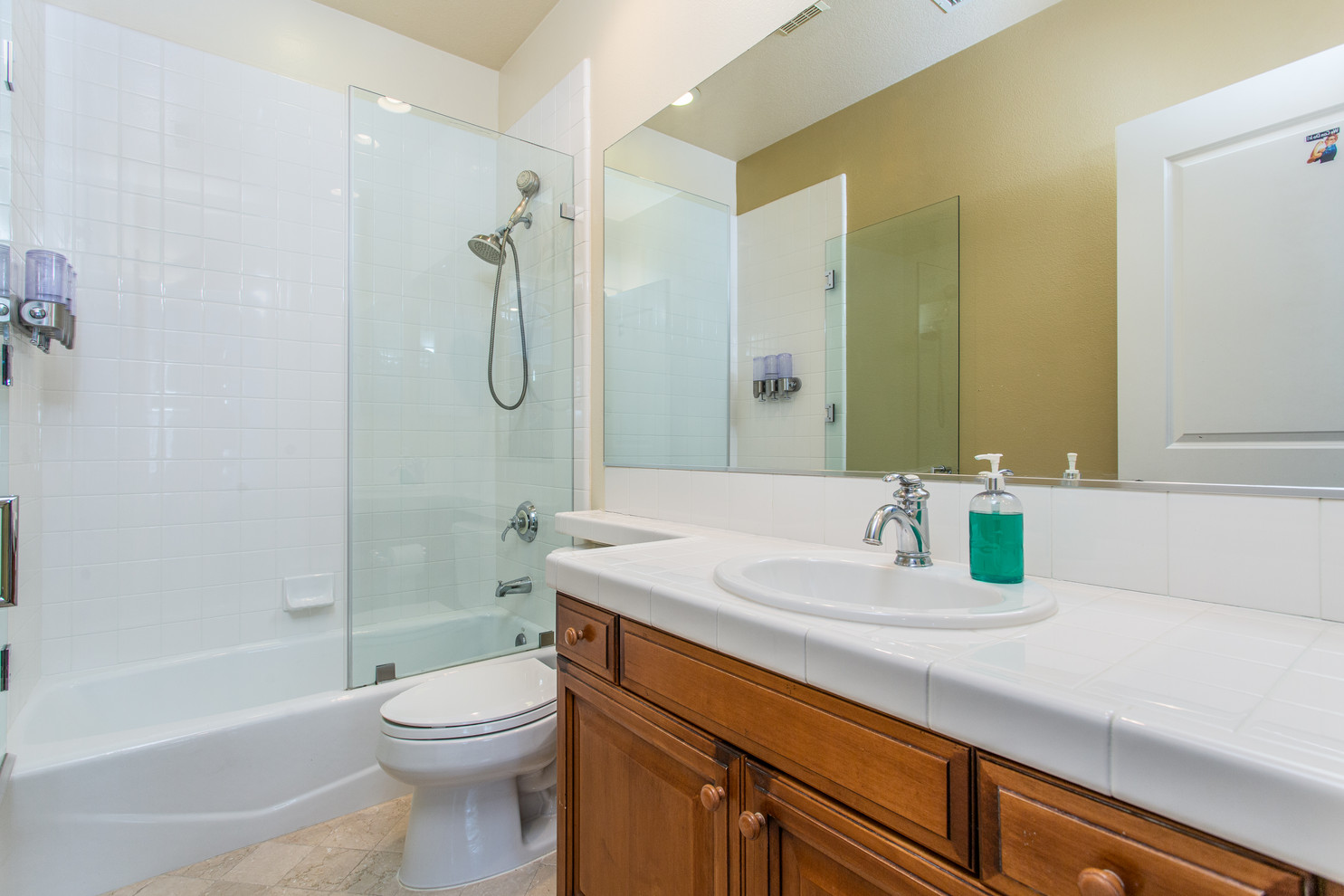 1543 Sycamore Canyon Dr - HsH Prod.-31.j