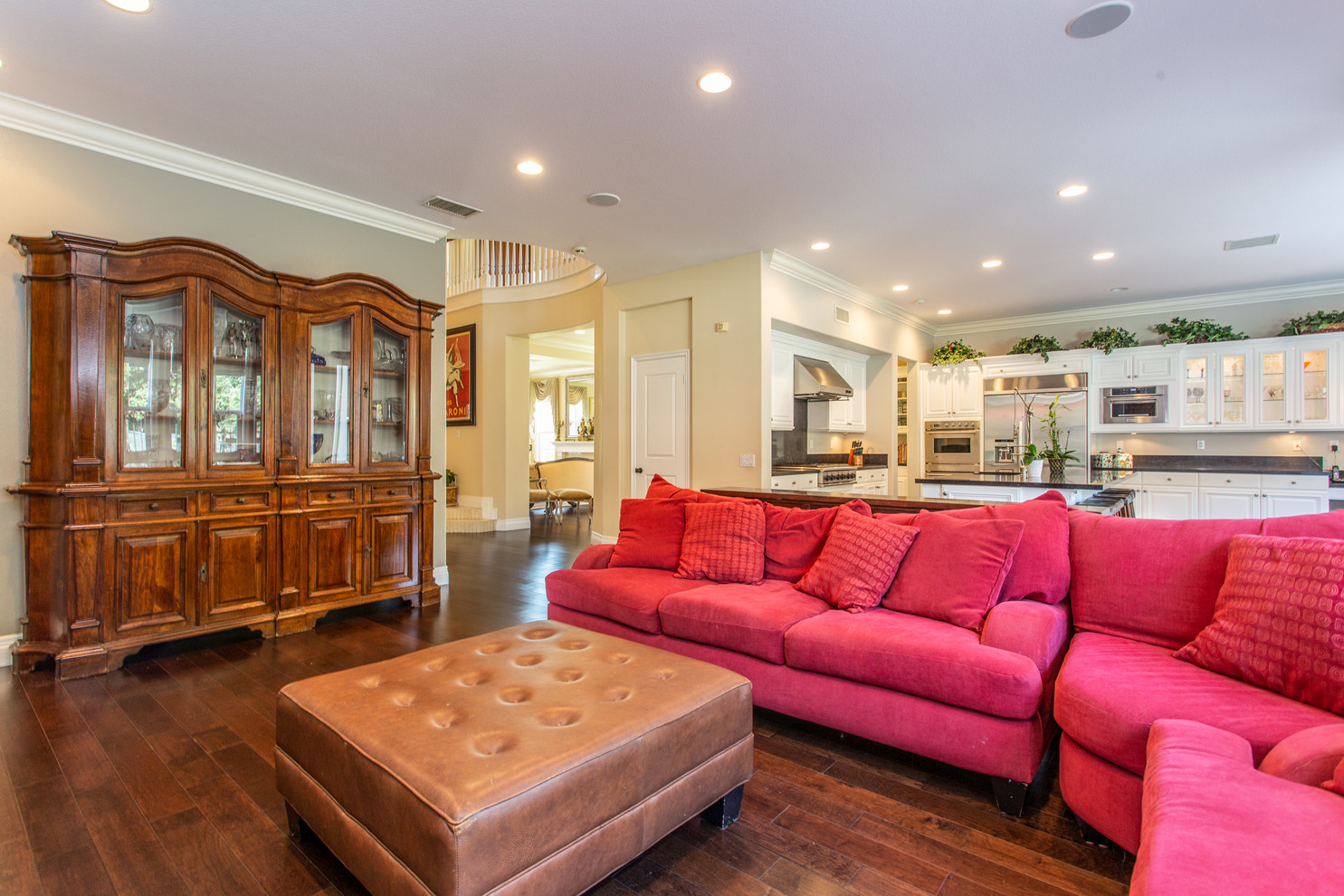 1543 Sycamore Canyon Dr - HsH Prod.-25.j