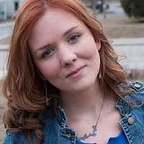 Shannon Headshot.jpg