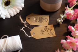 TABLE MARKERS & TAGS