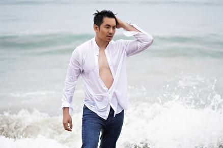 men_beach_photography.jpg