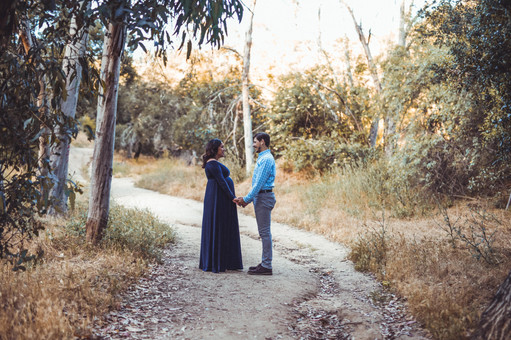 couple forest photography.jpg