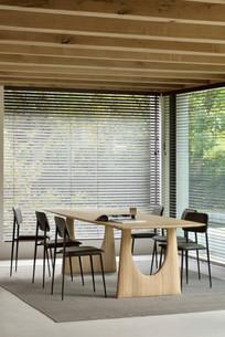 55013_oak_geometric_dining_table_21705_g
