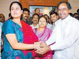 KCR didn't had even Rs 10,000 for 'rakhi gift' to Vijayashanthi