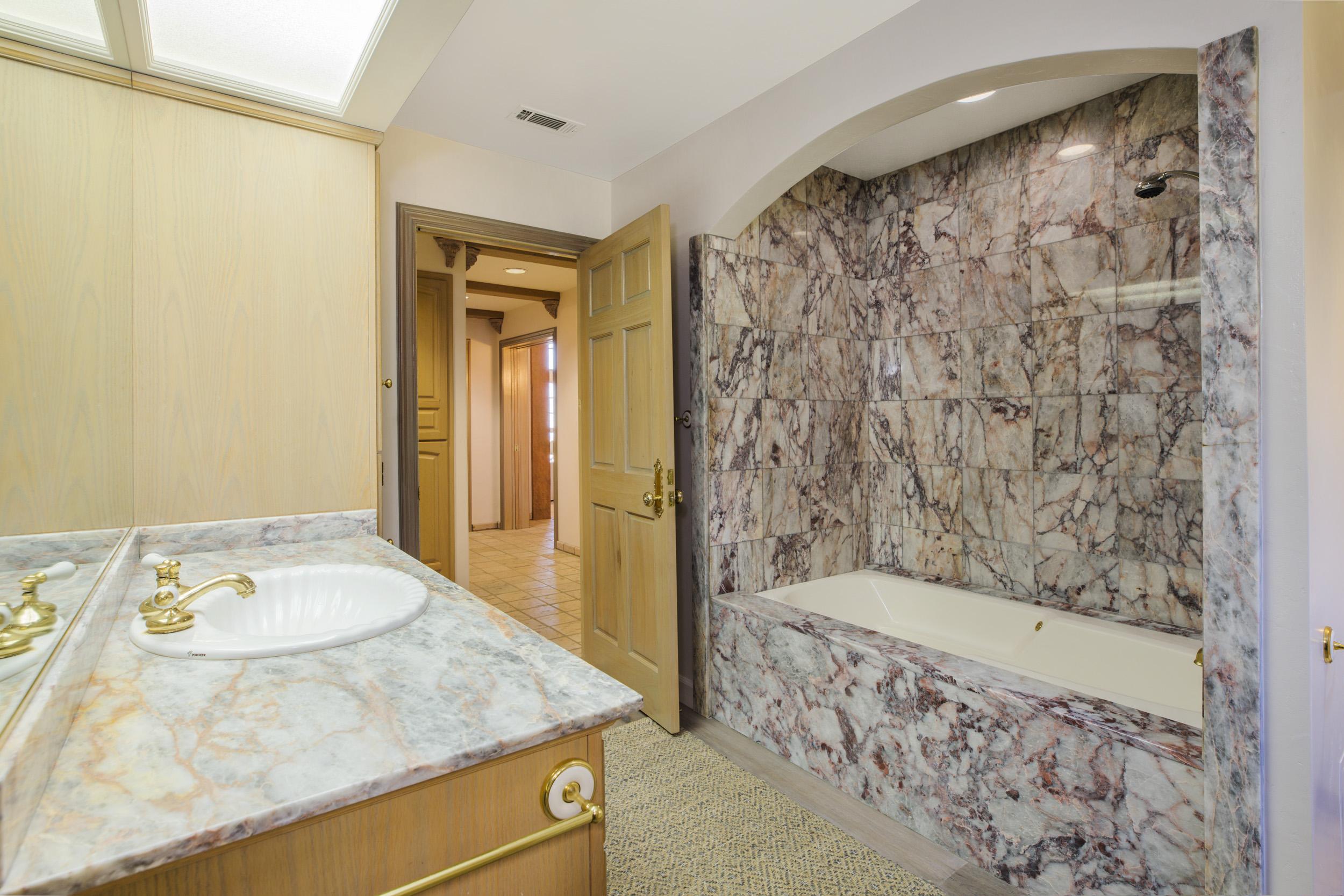 Entry Level Bath